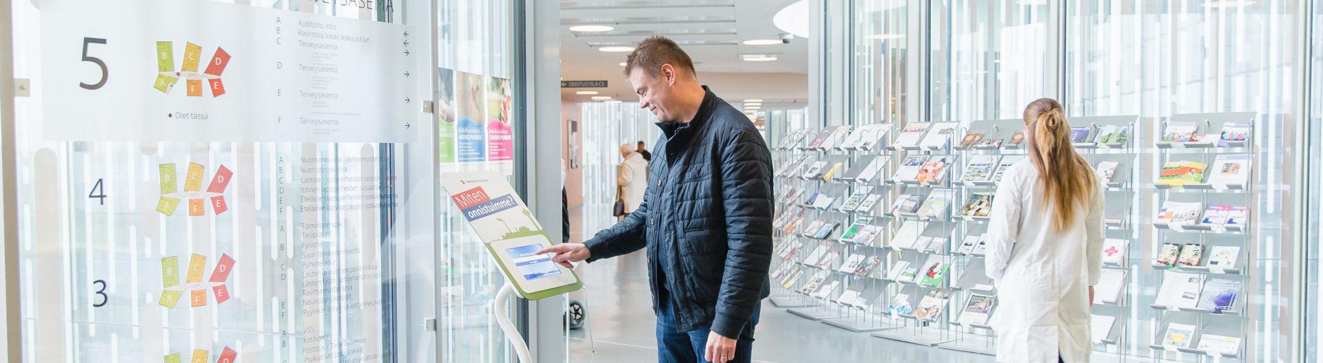 tablet-teline, asiakaspalautelaite, palautelaite, julkisen terveydenhuollon asiakaspalaute